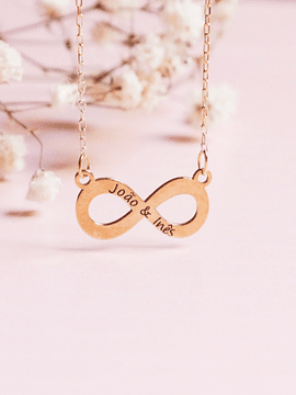 Infinite necklace with engraving