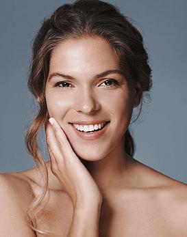 Mejora la piel debajo de los ojos y el rostro con la Electroporación