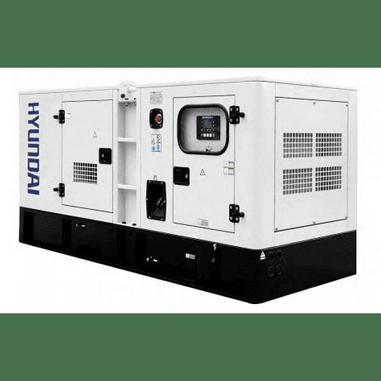 Generador Trifásico 124KVA/113KVA Motor Cummins
