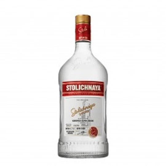 Vodka Stolichnaya Galón 1750cc