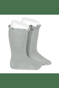 Calcetines altos lisos con puntilla