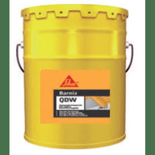 Barniz QDW negro de 5 galones