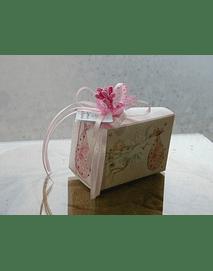 C2262  - Caixa bolo rosa decorada