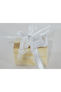 C17004 Mini bau decorado com coração viana