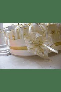 C156002 - Bolo de um andar para lembranças de comunhão