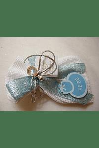 C15200 - Saco em tecido quadrilé com sabonete e decoração em azul com babete