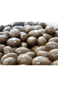 FDF80 - Wholw Milk Chocolate almonds