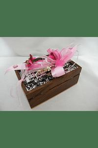 M15111 - Caixa de madeira decorada a rosa com flores