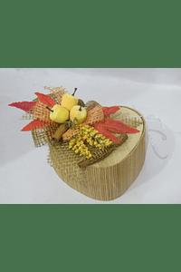O1801 Caixa grande coração bambu decorada frutos