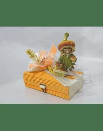 O1817 Caixa bambu laranja retangular pequena decorada com duende