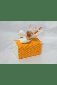 O1820  Baú bambu laranja decorado