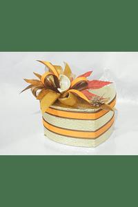 O1821 Coração dourado decorado laranja/ cartanho