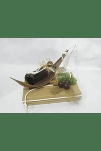 O1822 Caixa baixa castanha decorada com canoa e garrafa v. porto
