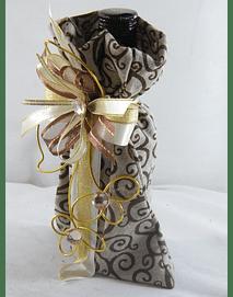 C15703 - Garrafa de Vinho do porto no saco tecido