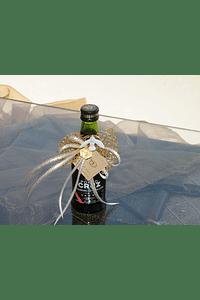 C6163 - Garrafinha Vinho do Porto decorada com rede dourada
