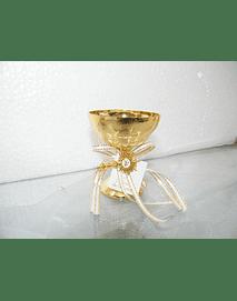 C11301 - Cálice dourado decorado na base