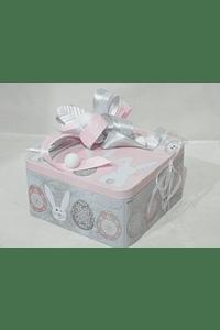 P19410 - Lata quadrada rosa coelhinho