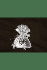 C13601 - Saco organza branco decorado com porta-chave