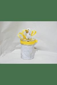 P20006 - Caixa cilindro pequena decorada amarelo com patinho