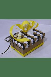 P20007 - Caixa retangular pequena decorada amarelo
