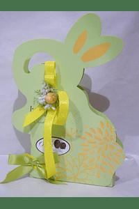 P20016 - Coelho com ovinhos de chocolate decorado