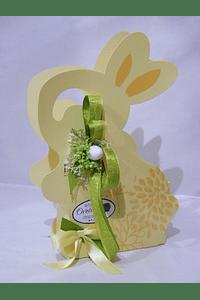P20218 - Coelho com ovinhos de chocolate decorado