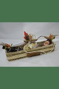 P20418 - Cesto rafia comprido recheado decorado