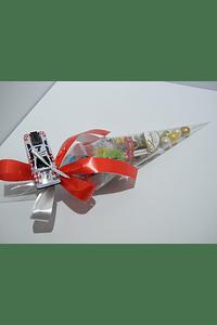FA2025 - Cone com guloseimas decorado com carrinho