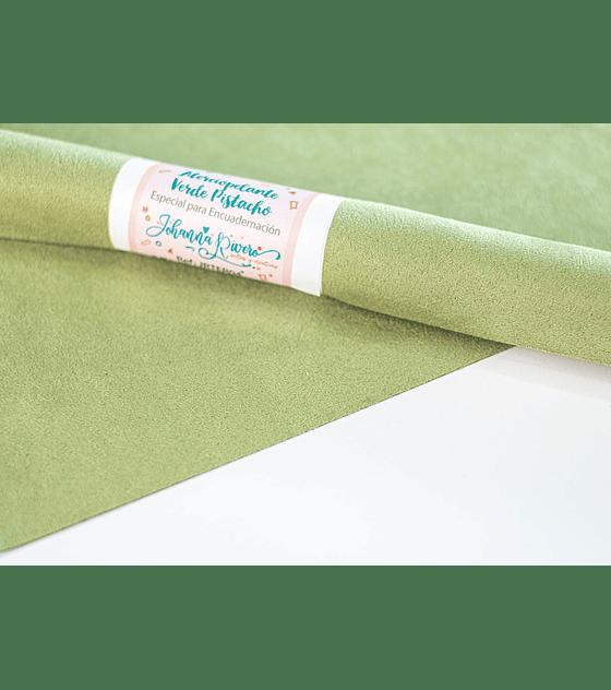 ATERCIOPELANTE, 30x50cm Verde Pistacho (Johanna Rivero)