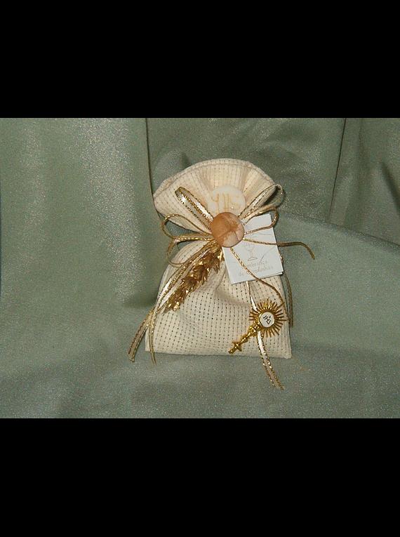 C3247 - Saco quadrilé decorado com ostensório