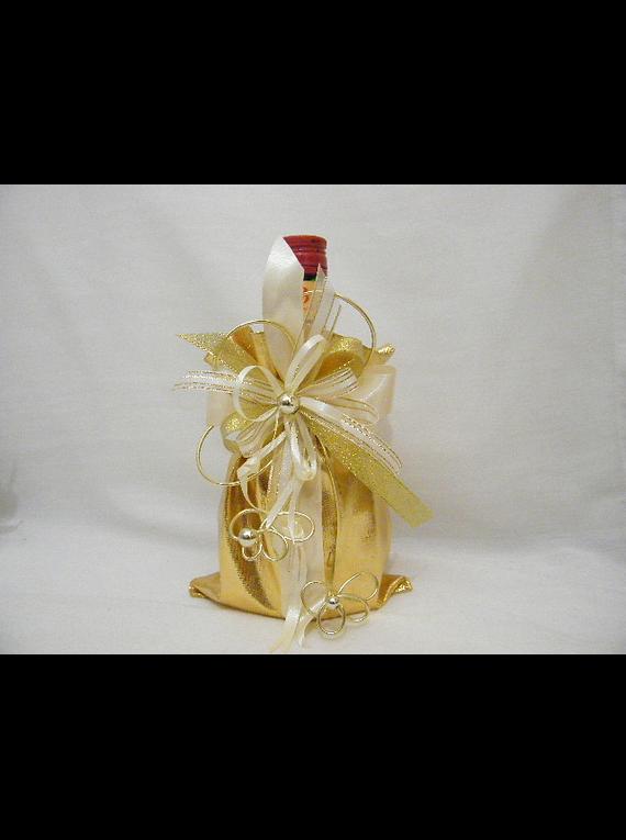 C14704- Garrafa licor beirão no saco dourado