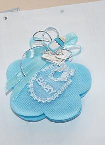 C11213 - Babete em flor azul com sabonete decorado