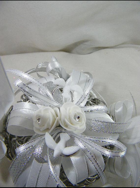 C15700 - Bola de arame para alianças de casamento