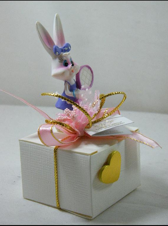 C15230 - Caixa Quadrada com coelhinha tenista