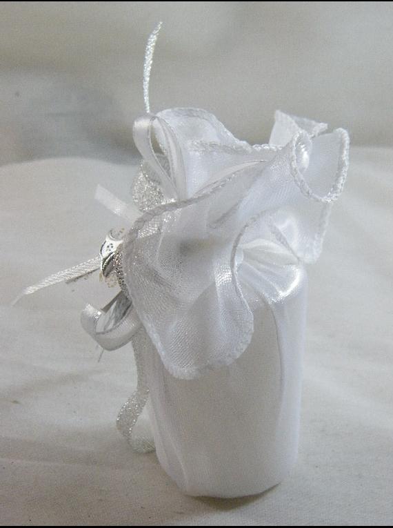 C15334 - Vela cilíndrica em tule organza decorada em prata