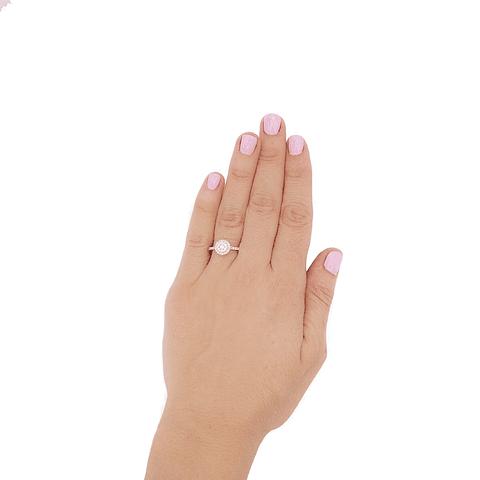 Anillo Oro Blanco 18Kt Diamantes 56Pts.