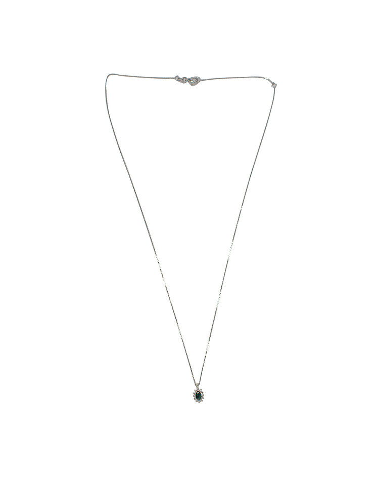Collar de Diamante Oro Blanco de 18 Kt. Modelo Diamantes con Esmeralda Natural