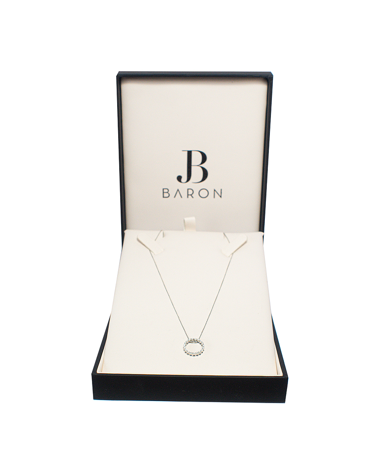 Collar de Diamante Oro Blanco de 18 Kts. Modelo Argolla