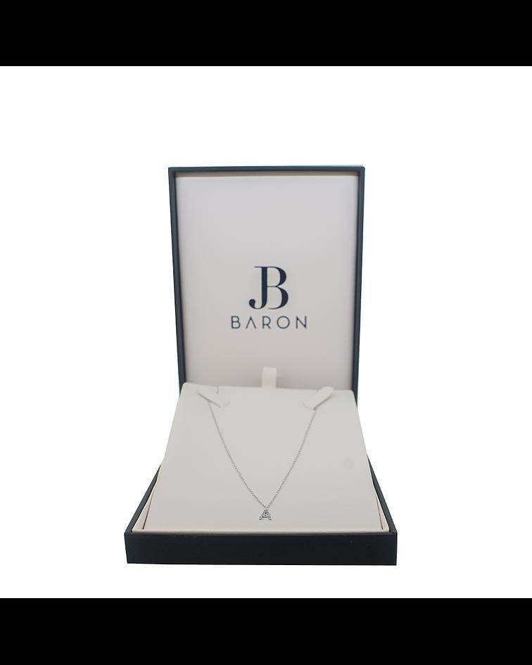 Collar de Diamante Oro  Blanco  18 Kts. Modelo  Letra A
