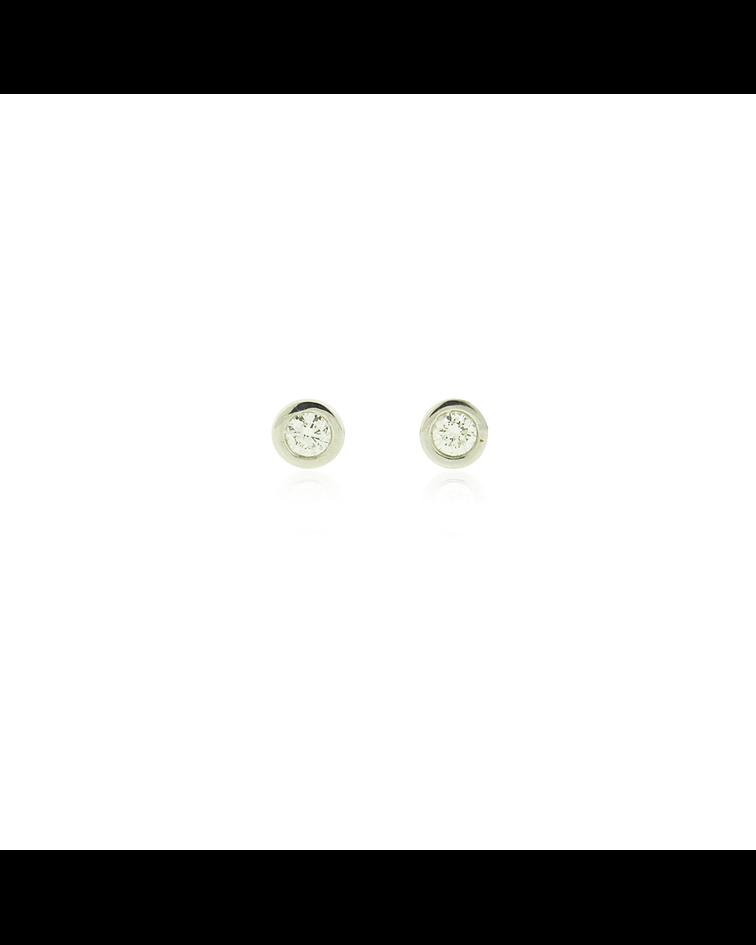 Aros Oro Blanco 18kt Diamantes Punto de Luz 14ptos.