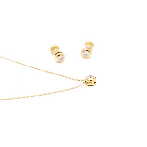 Conjunto Aros y Collar de Oro 18 Kt Modelo Punto de Luz con Circones