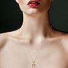 Collar de Diamante y Oro de 18 Kts., 2,4 grs.