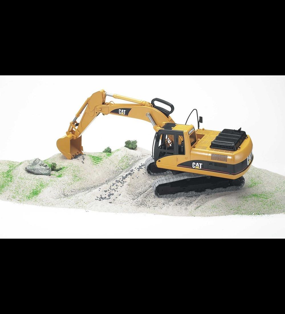 Escavadora CAT
