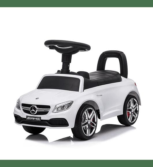 Mercedes AMG C63 Coupé - Vermelho