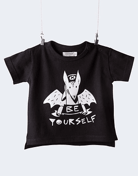 Polera be yourself tee