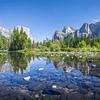 Fotomural Río y montaña