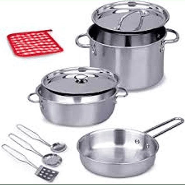 Set de ollas y utensilios de aluminio para niños