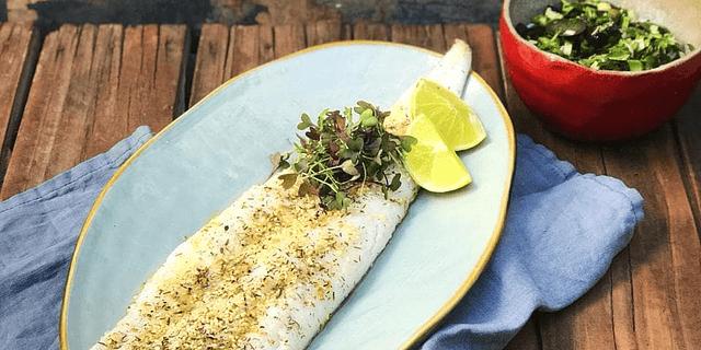Merluza Austral con Salsa de Albahaca