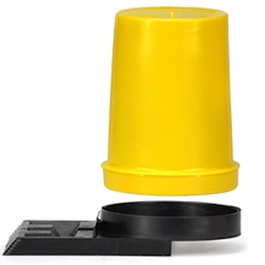 Flight hole feeder with transparent container