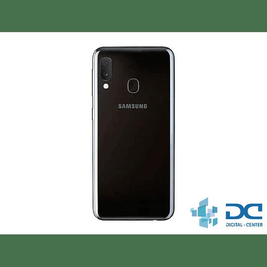 Samsung Galaxy A20 - Image 3